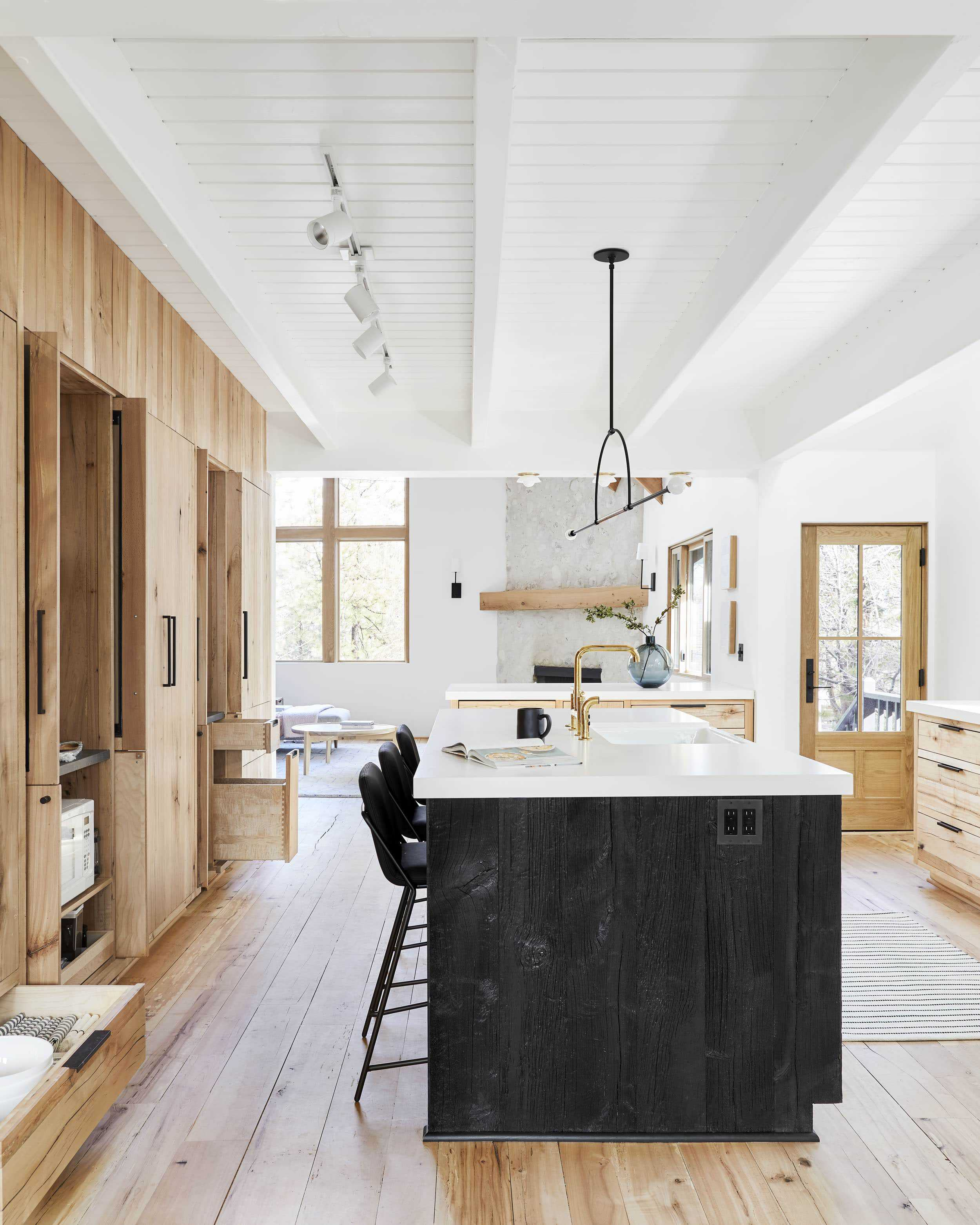 Emily Henderson Mountain House Kitchen Lores13