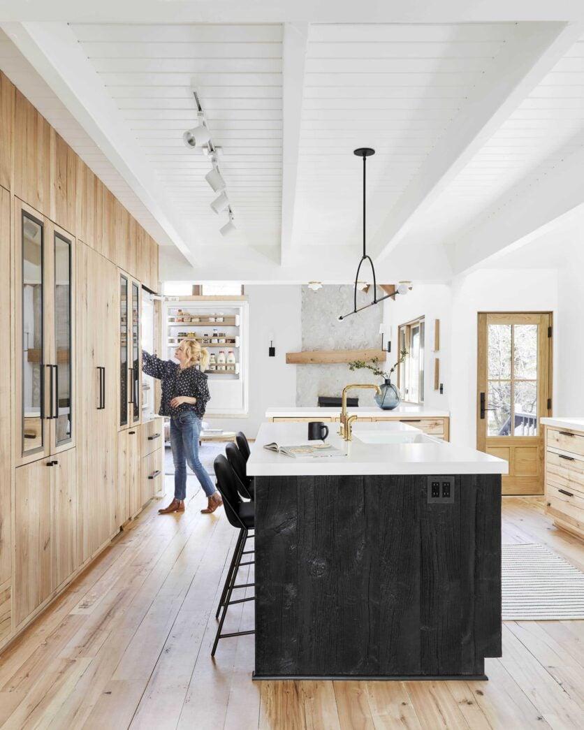Emily Henderson Mountain House Kitchen Lores16