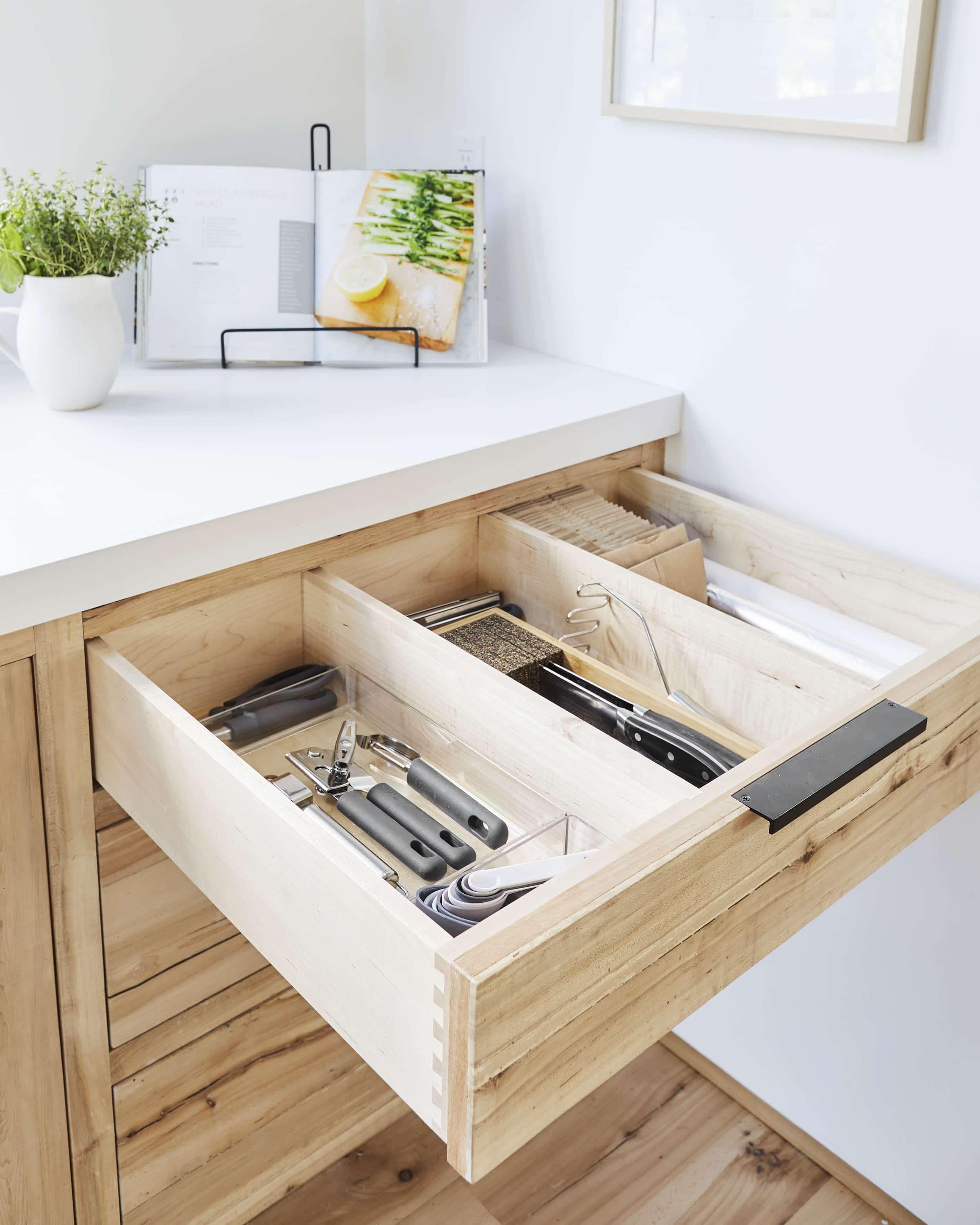 Emily Henderson Mountain House Kitchen Lores47
