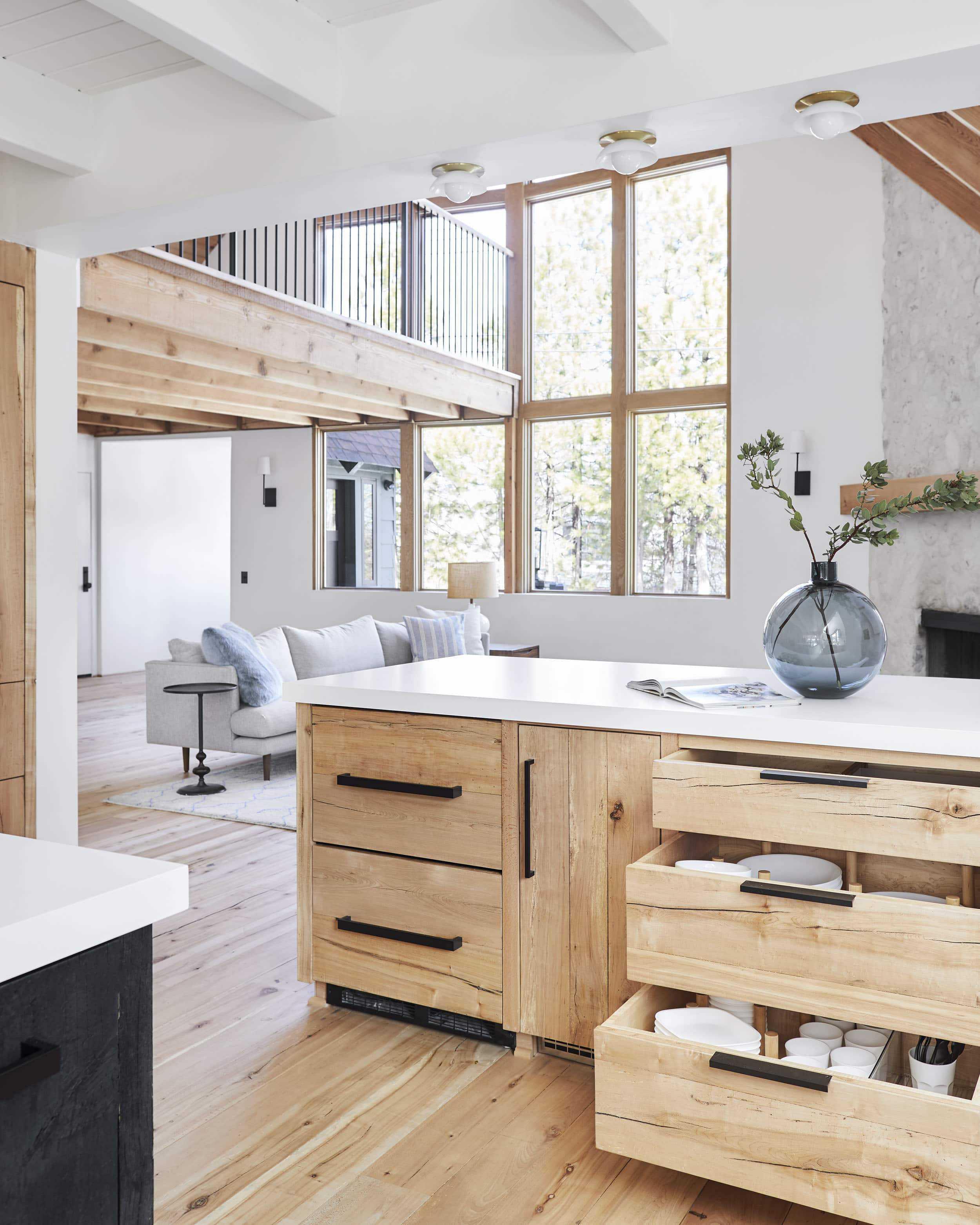 Emily Henderson Mountain House Kitchen Lores70