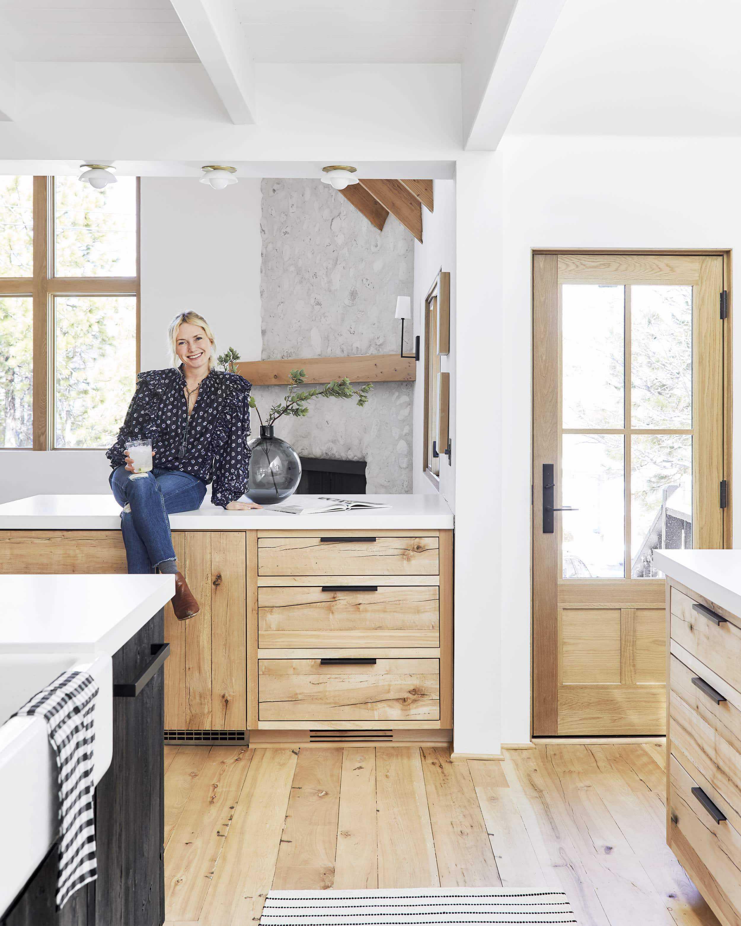 Emily Henderson viking appliances20