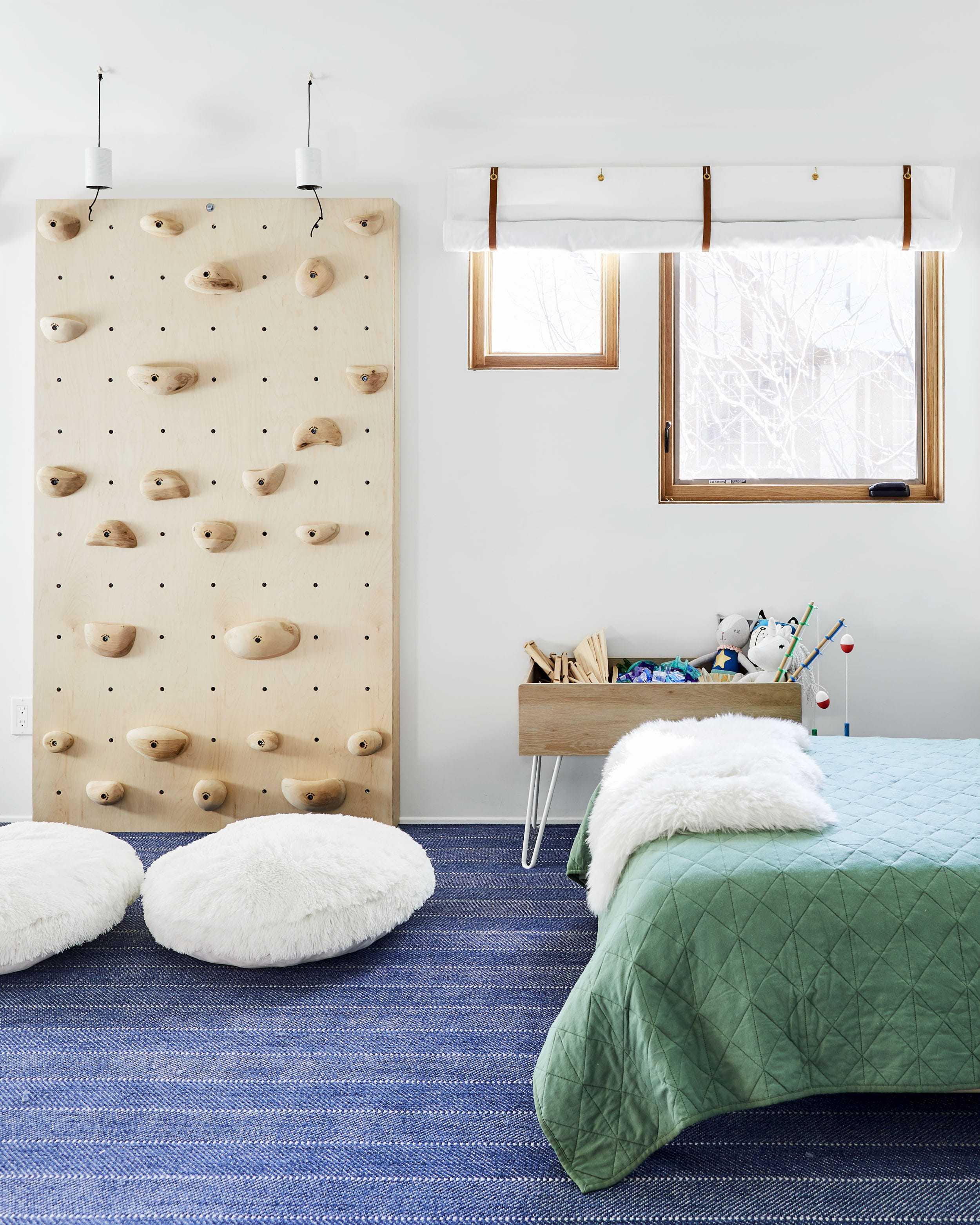 Emily Henderson Mountain Pillowfort Kids Room14 01