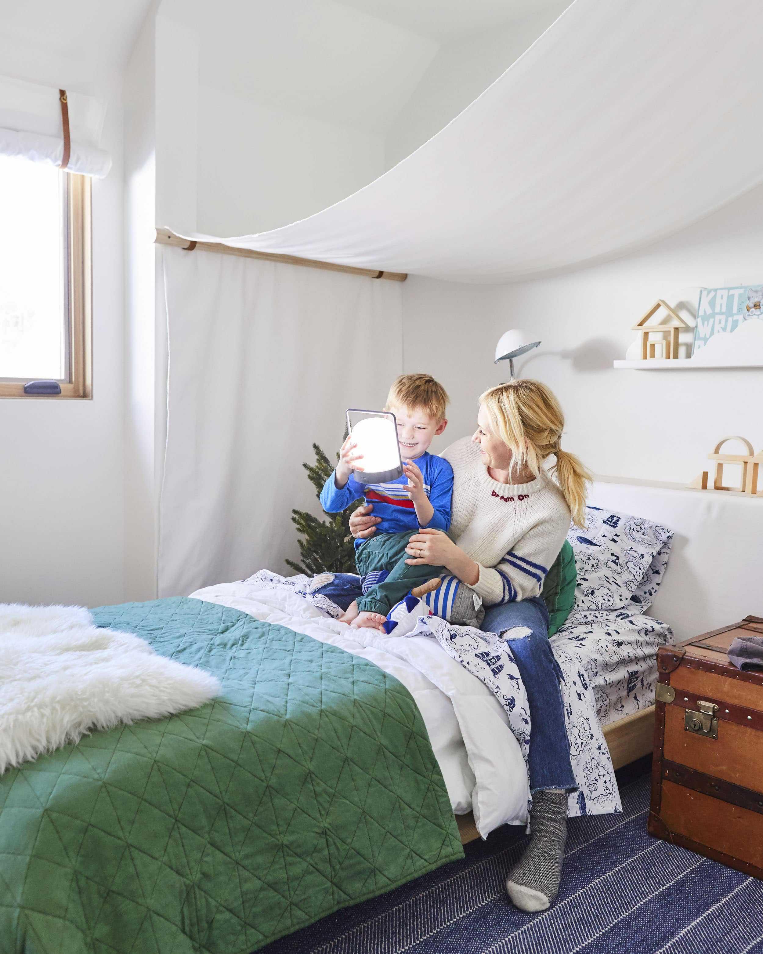 Emily Henderson Mountain Pillowfort Kids Room24
