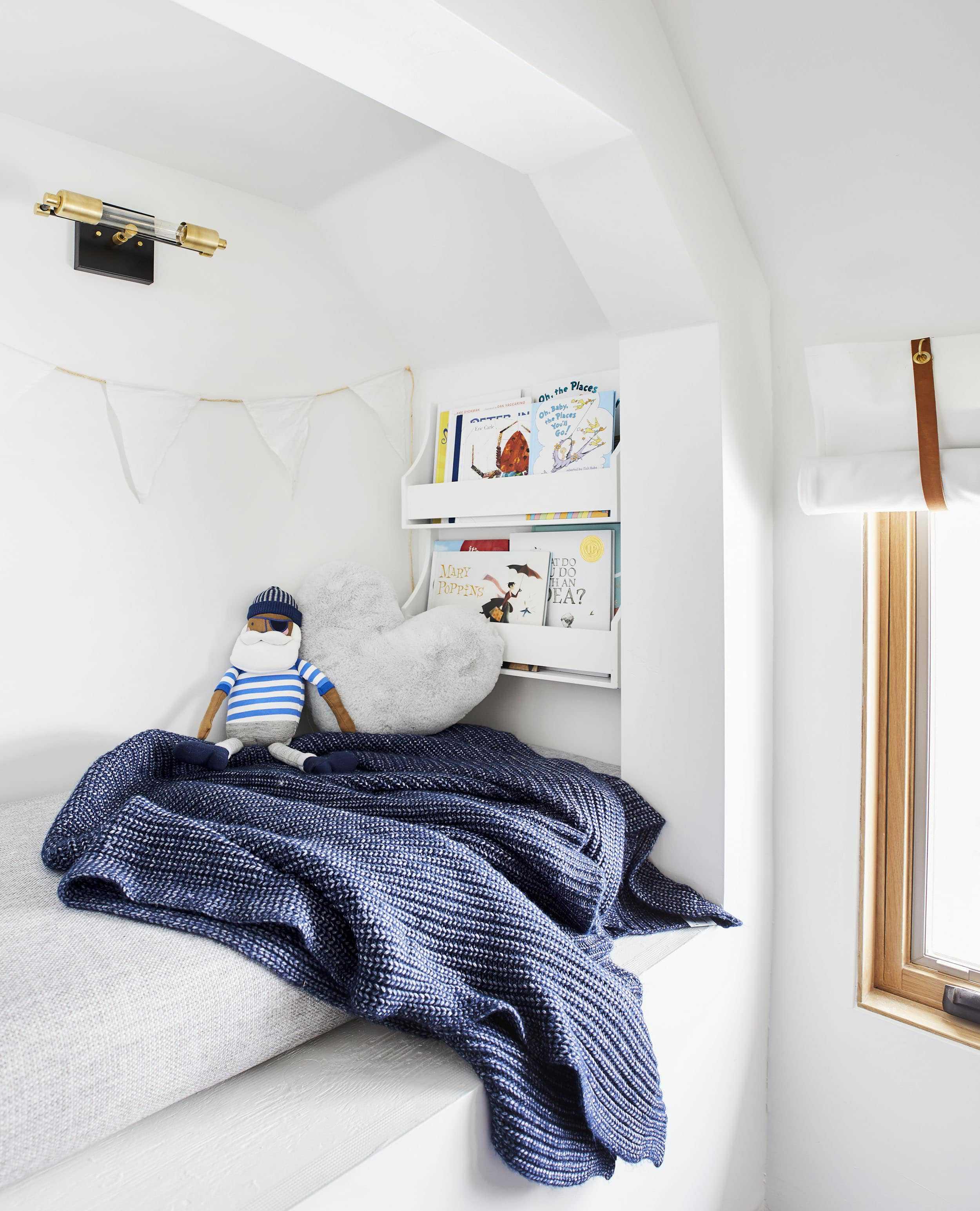 Emily Henderson Mountain Pillowfort Kids Room6 01