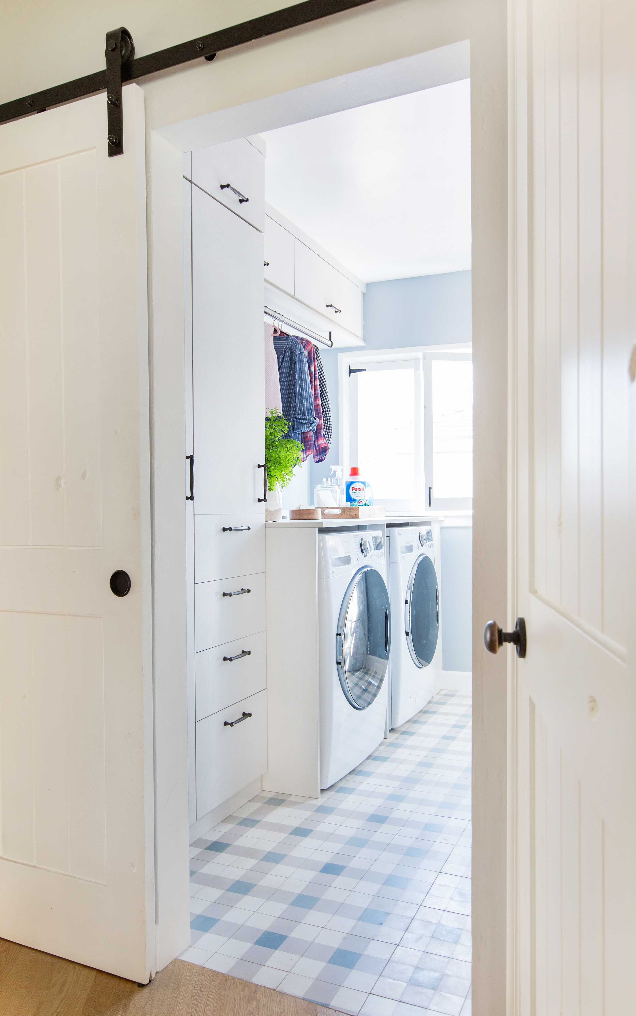 Emily Henderson Modern English Cottage Laundry Room Persil California Closets Photos 26