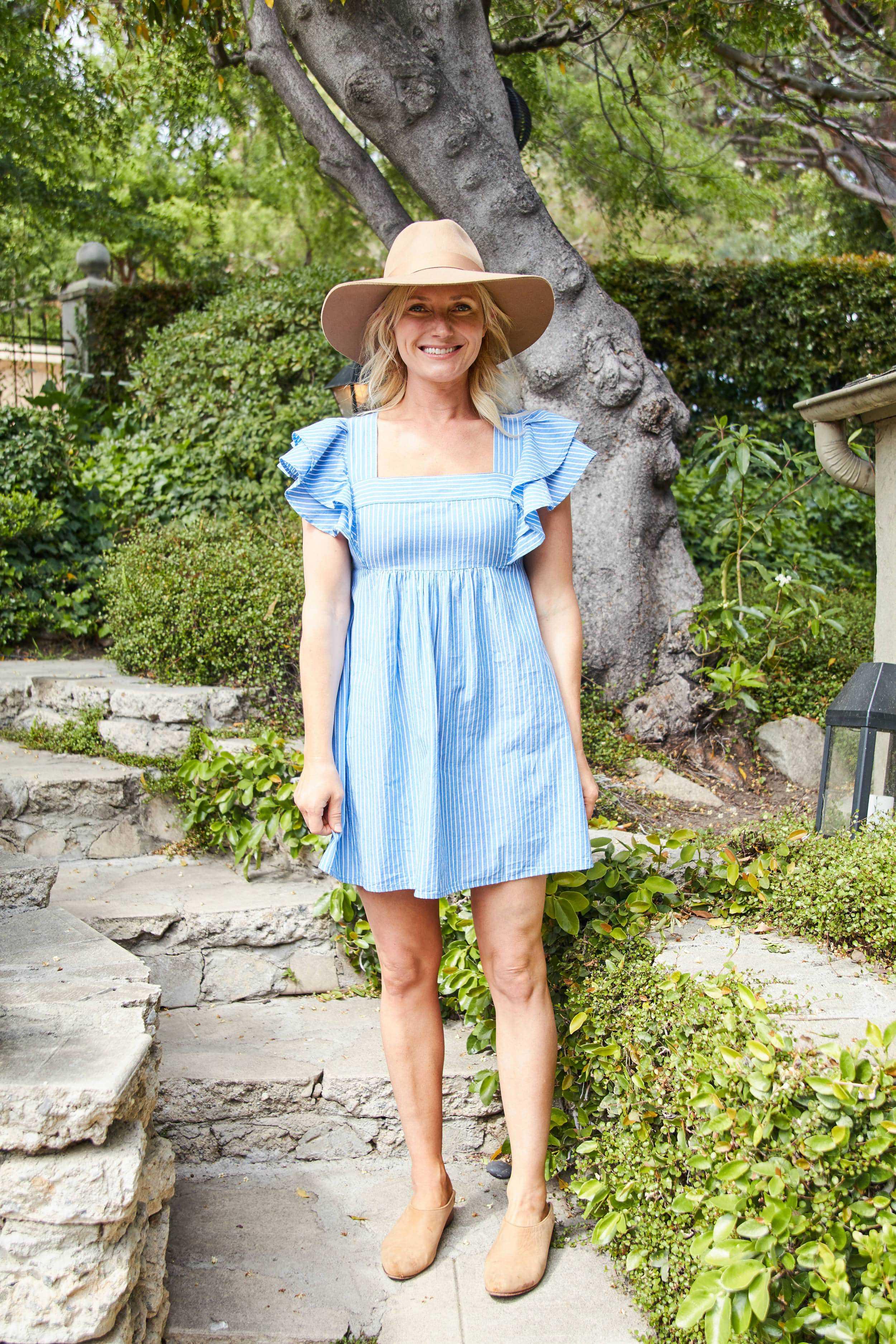 Emily Henderson short spring dresses6