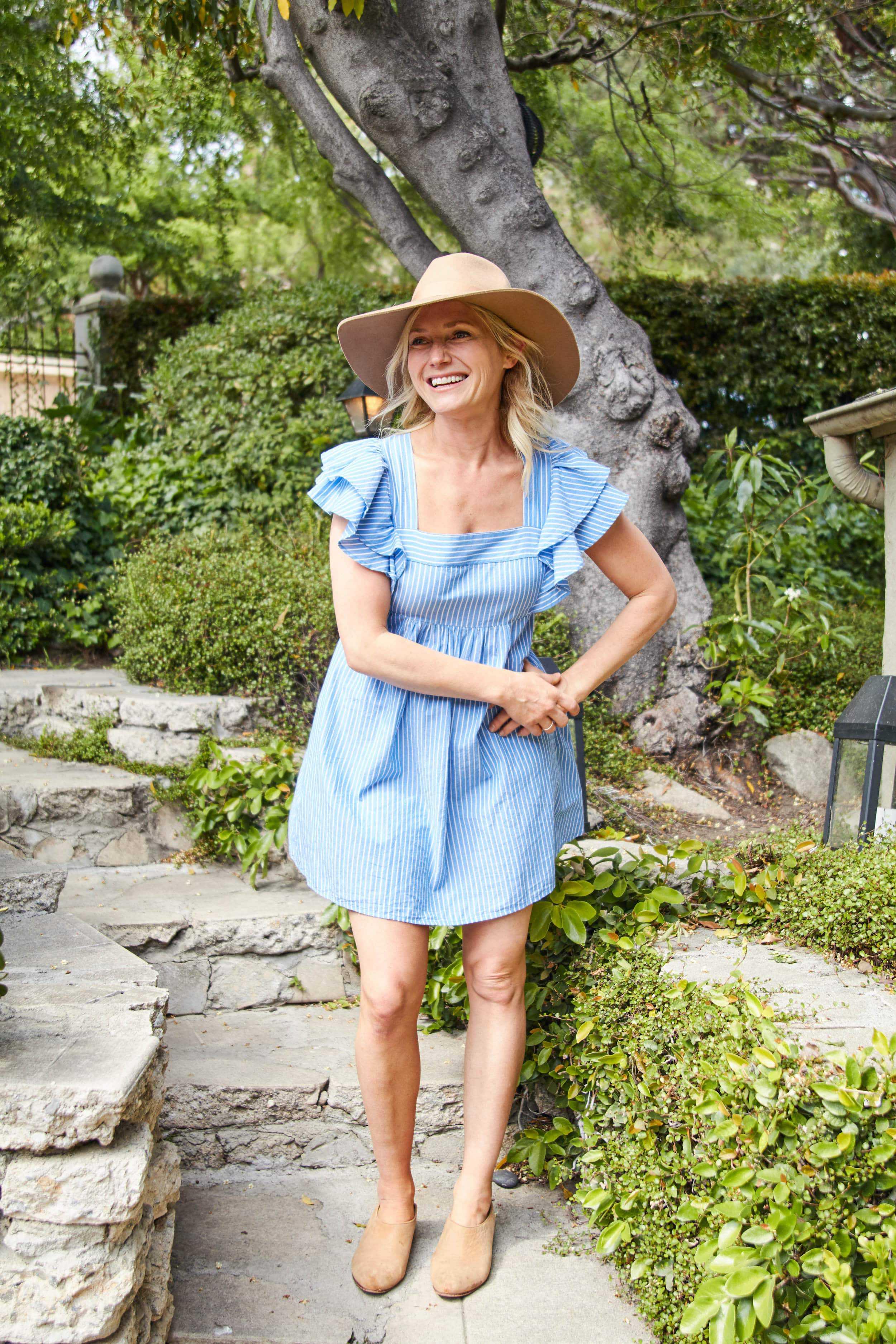 Emily Henderson short spring dresses7