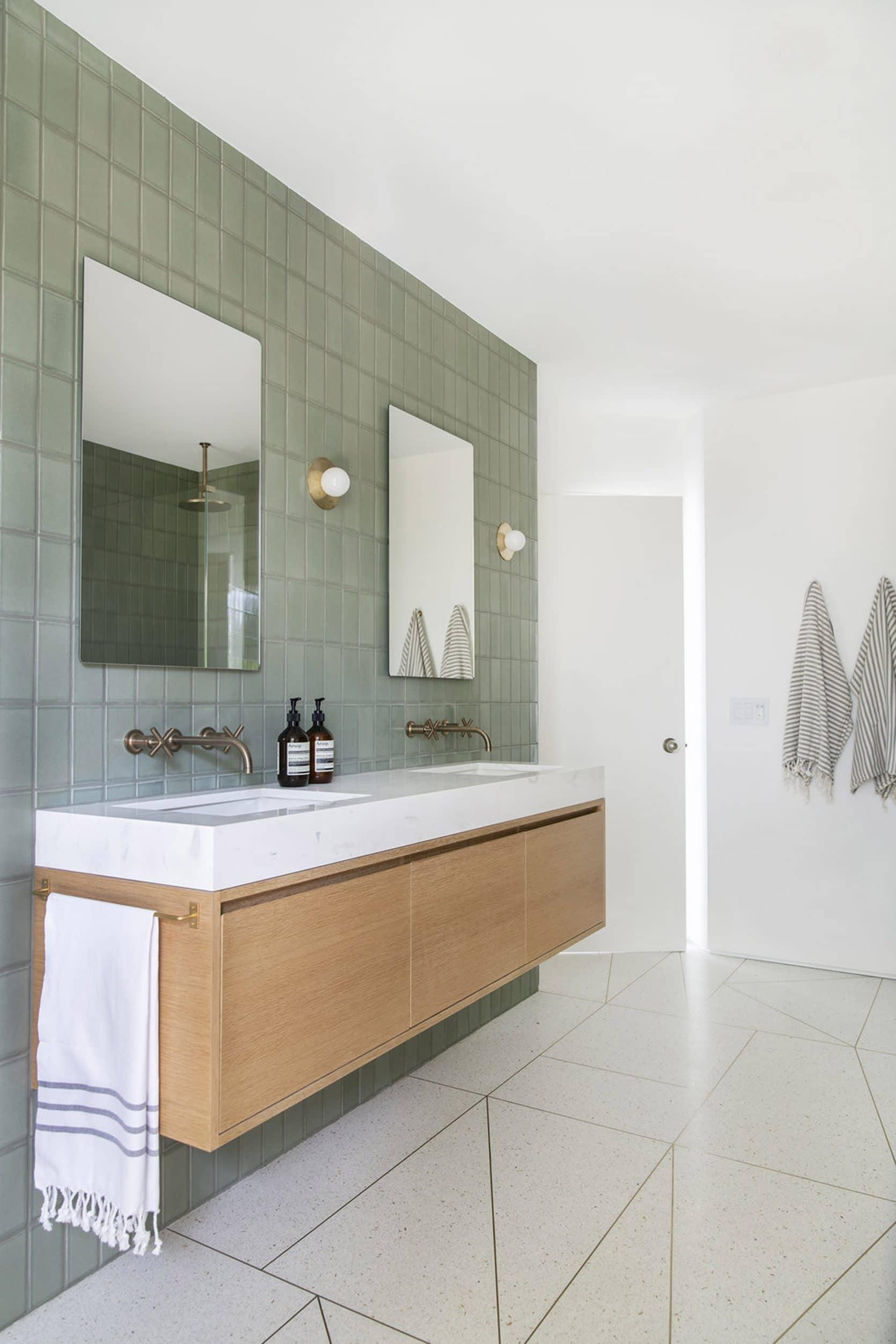 Emily Henderson Design Trends 2019 Bathrooms 11 1670x2505