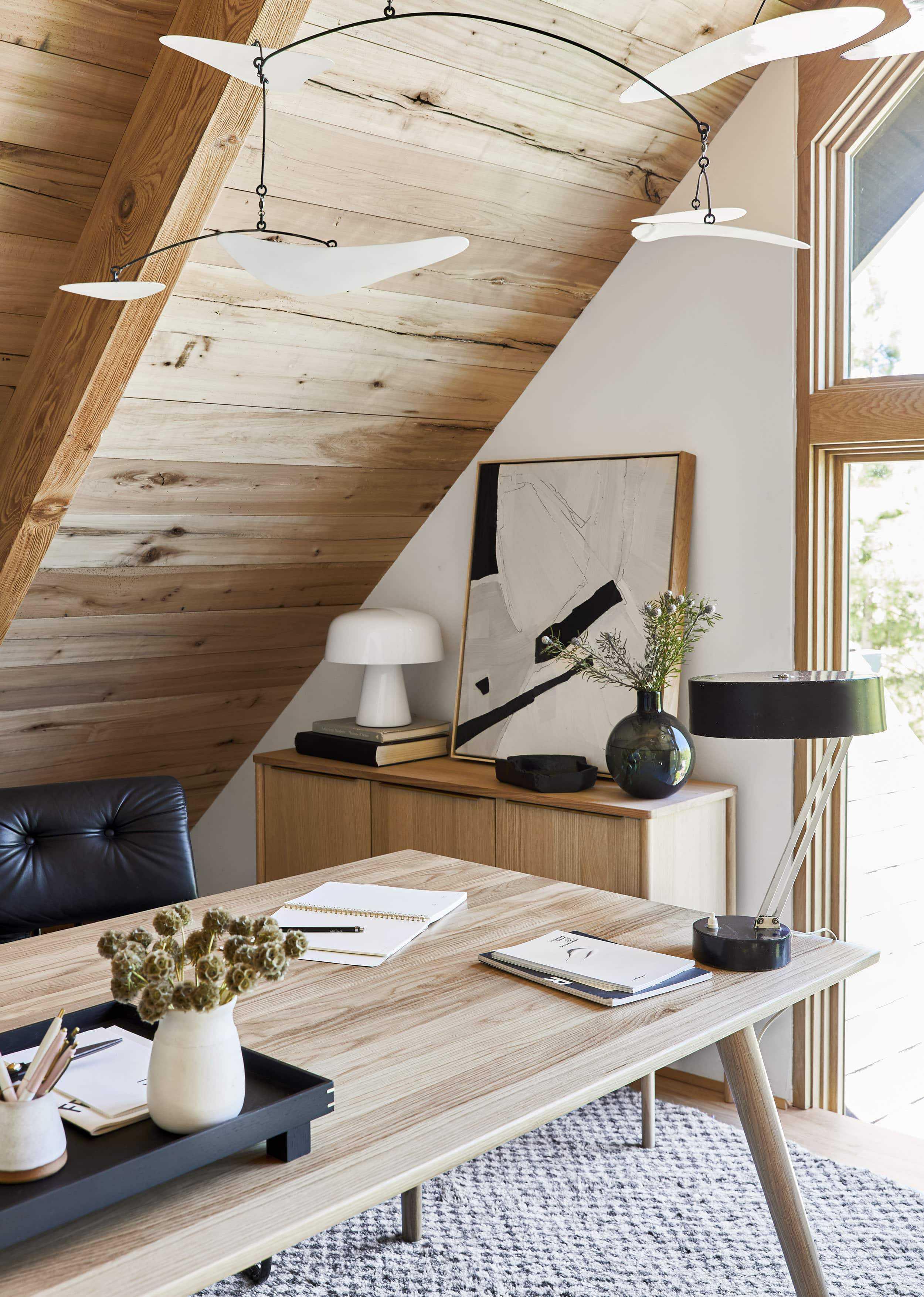 Emily Henderson Mountain House Home Office Loft8