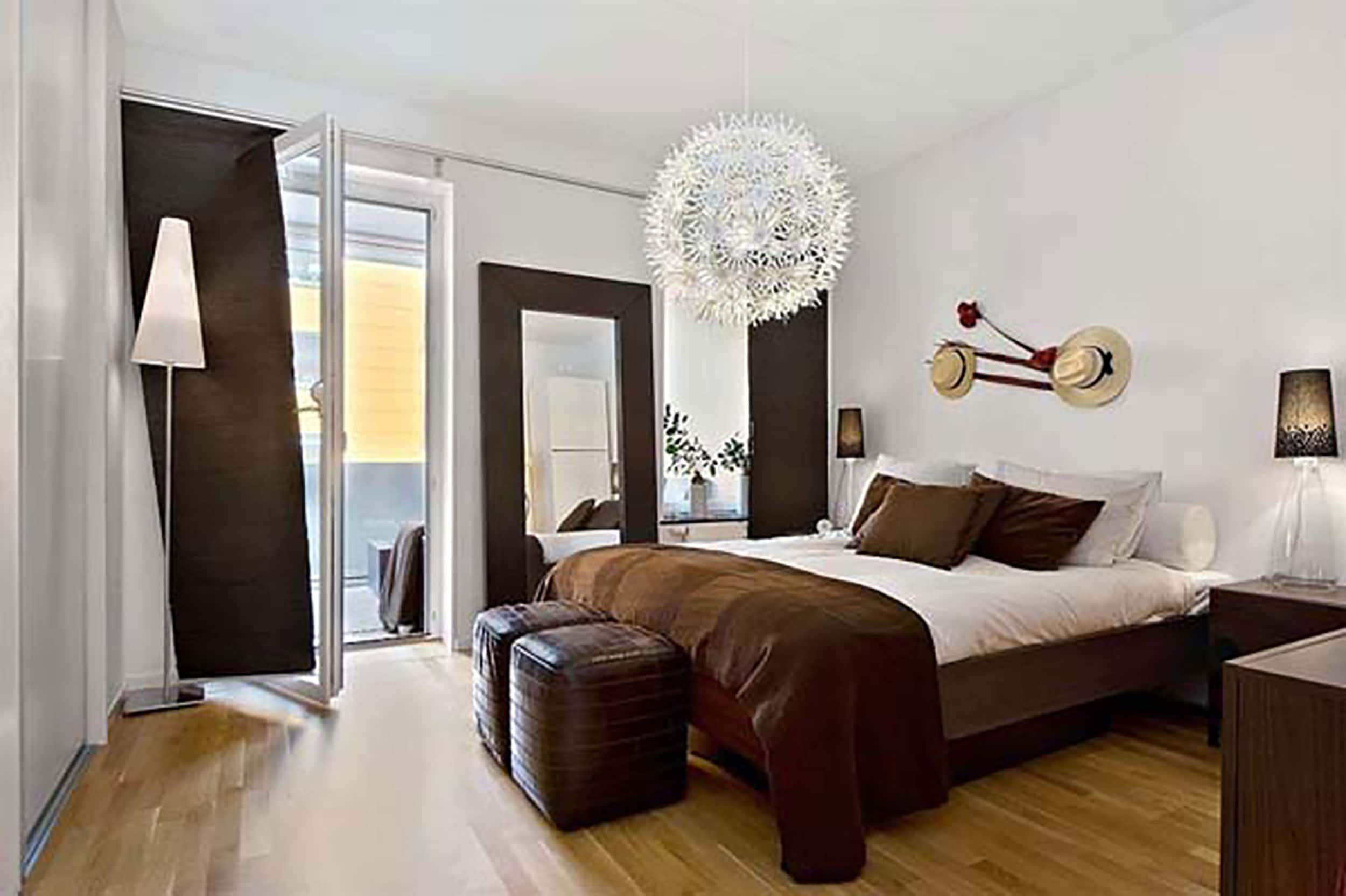 Brown And White Bedroom 1 3597