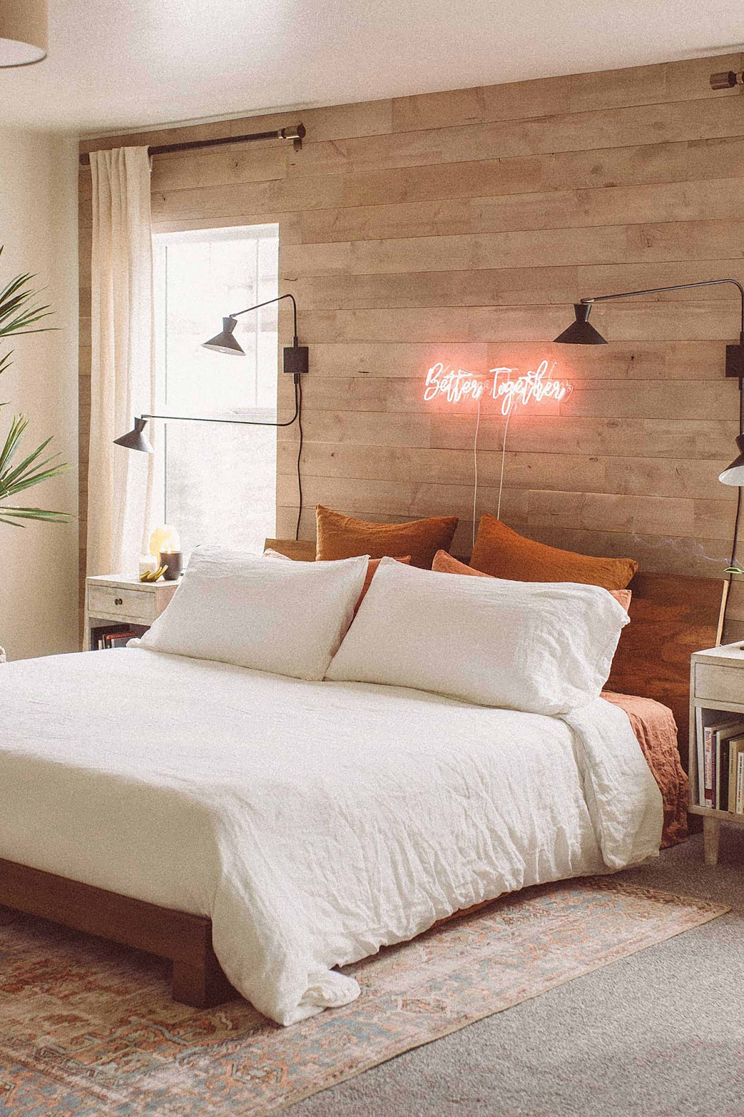 Accent Walls Are Cool Again Here S How To Get Them Right