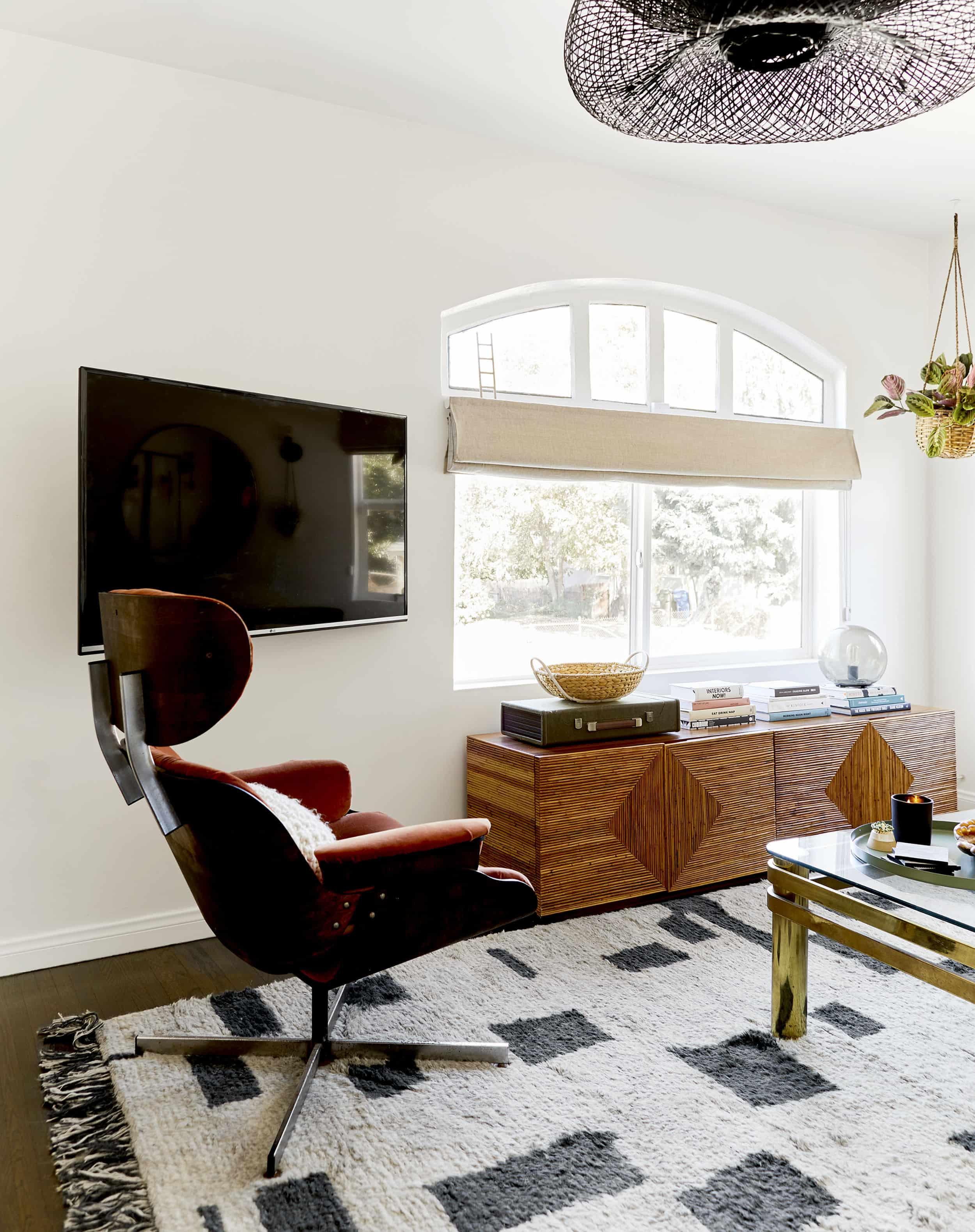Emilybowserdiningroomlivingroom13