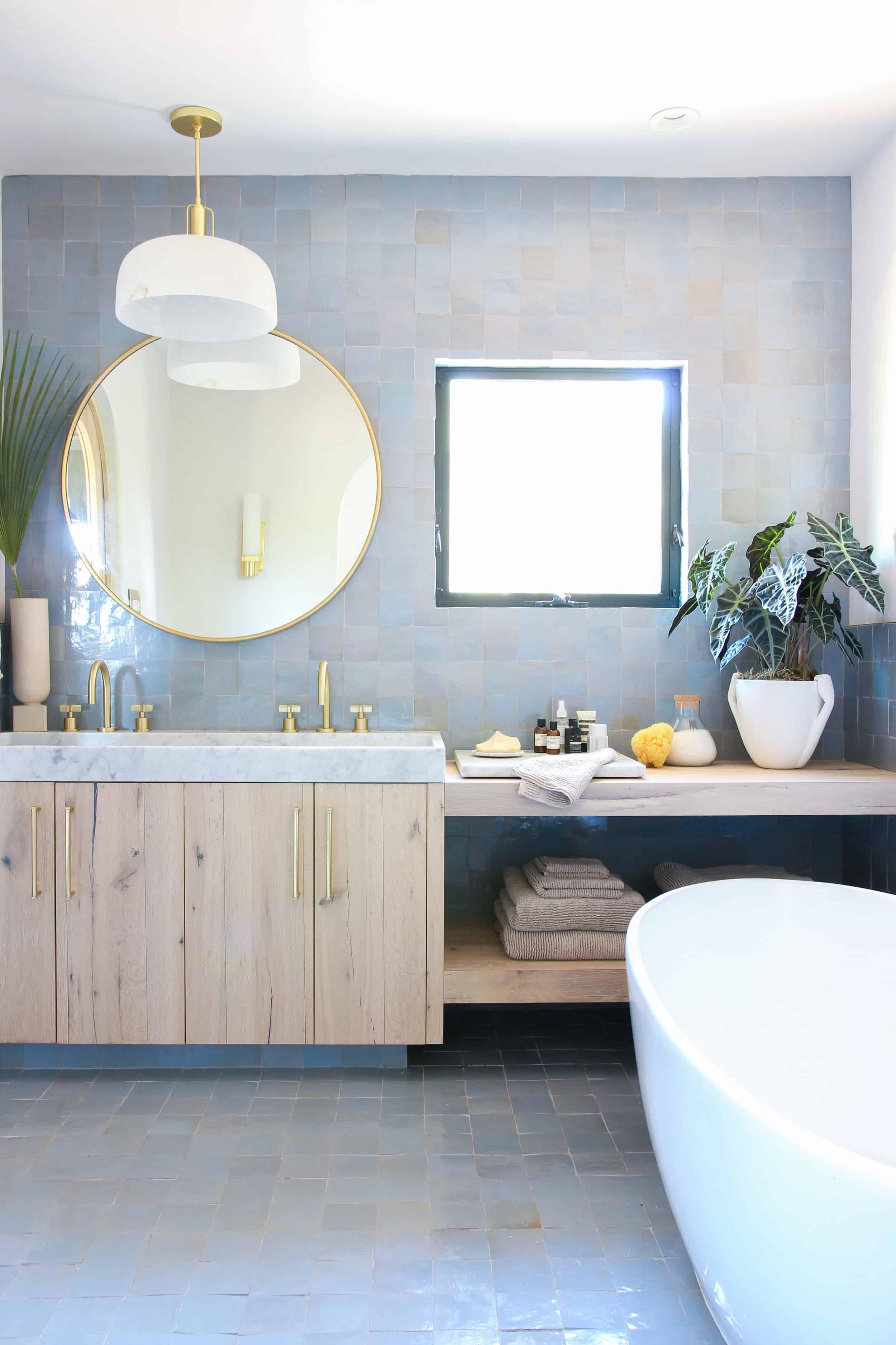 Emilyhenderson Thoughtstarter Hommeboys Oneroomchallenge Reveal Masterbedroombathroom 3 1