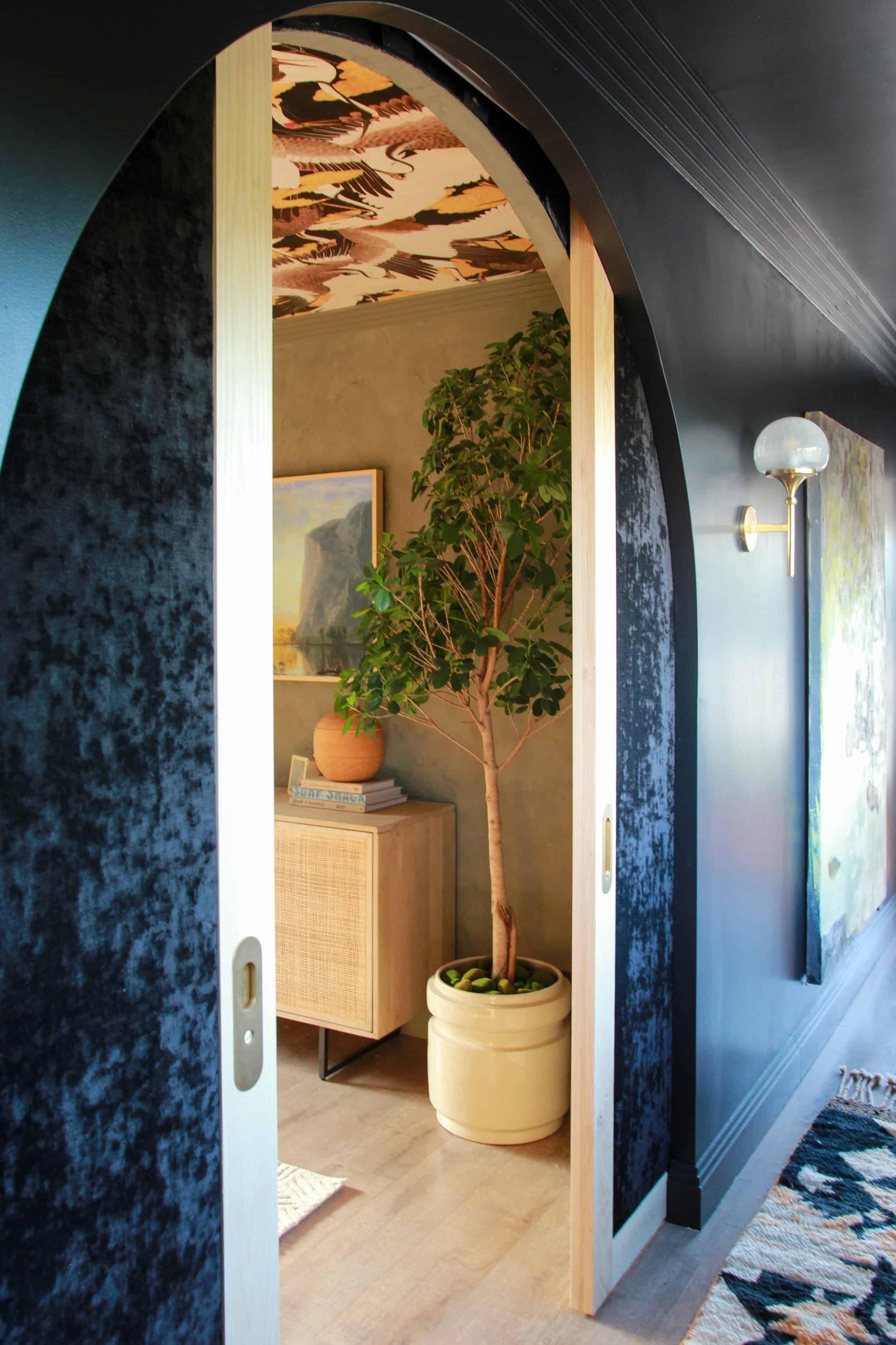 Emilyhenderson Thoughtstarter Hommeboys Oneroomchallenge Reveal Masterbedroombathroom 9 1