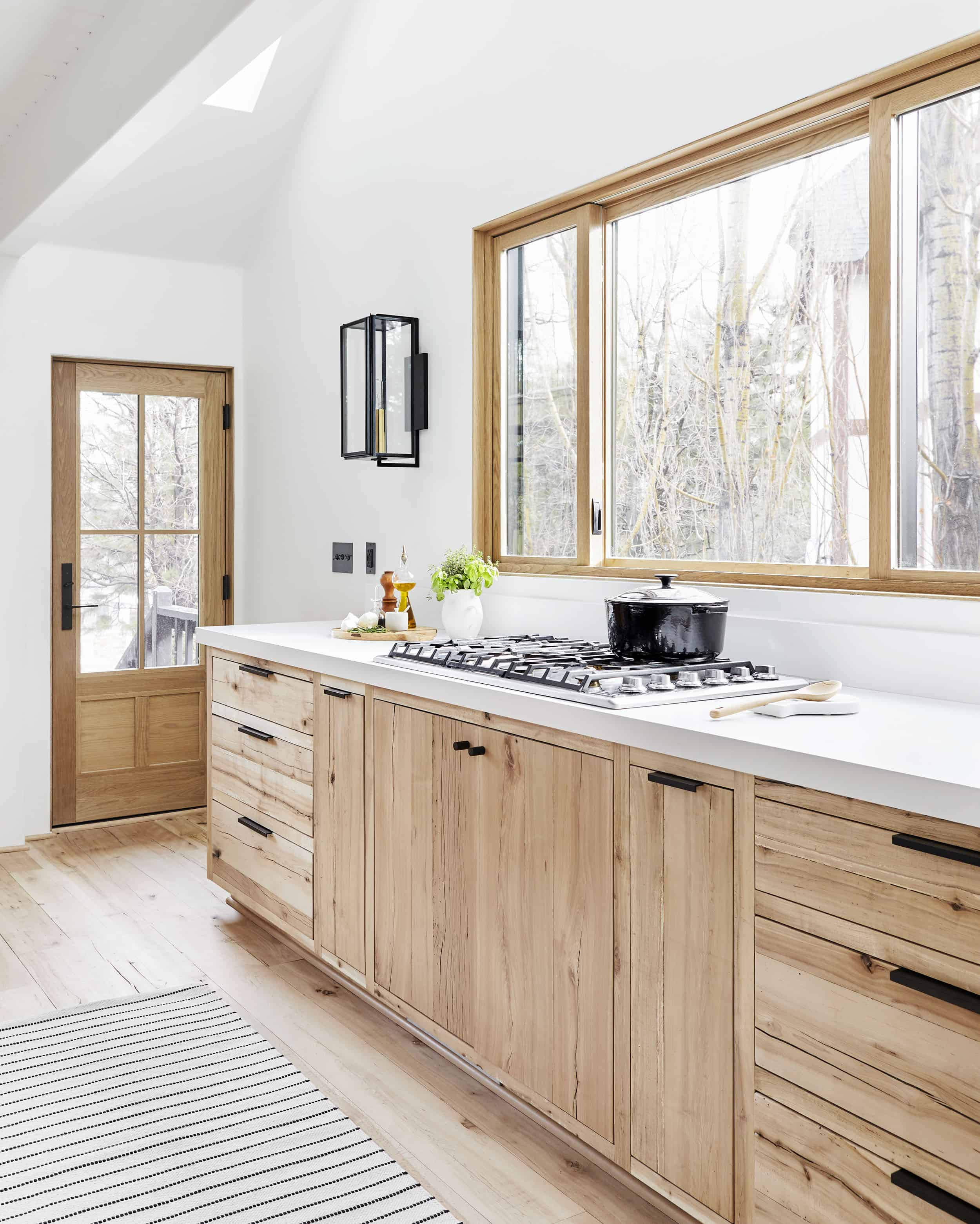 Emily Henderson Mountain House Kitchen Lores10