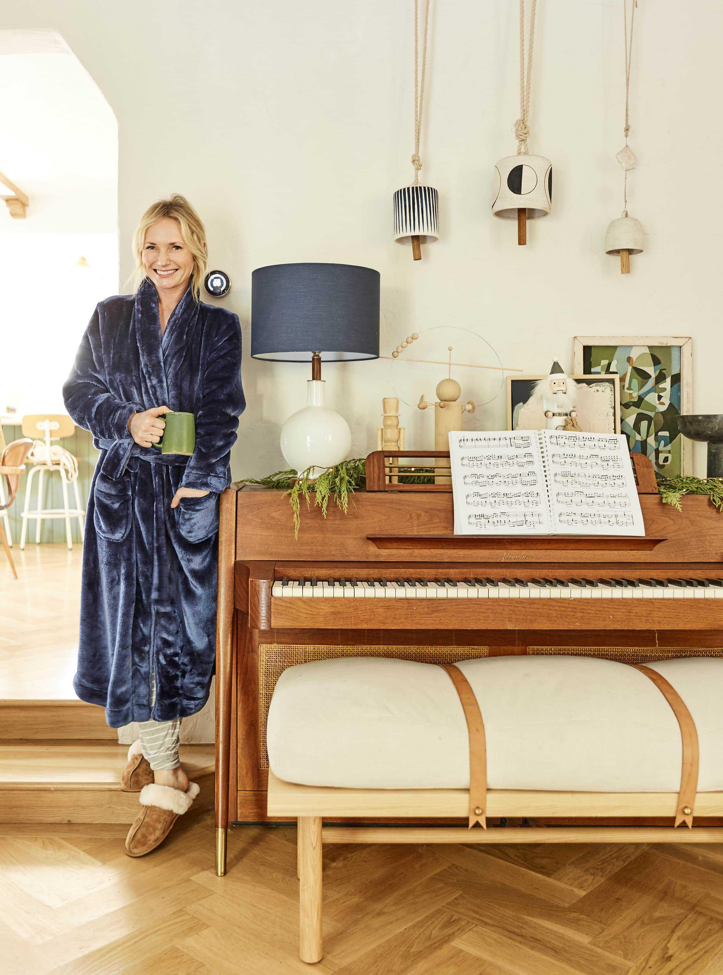 Emily Henderson best robes10