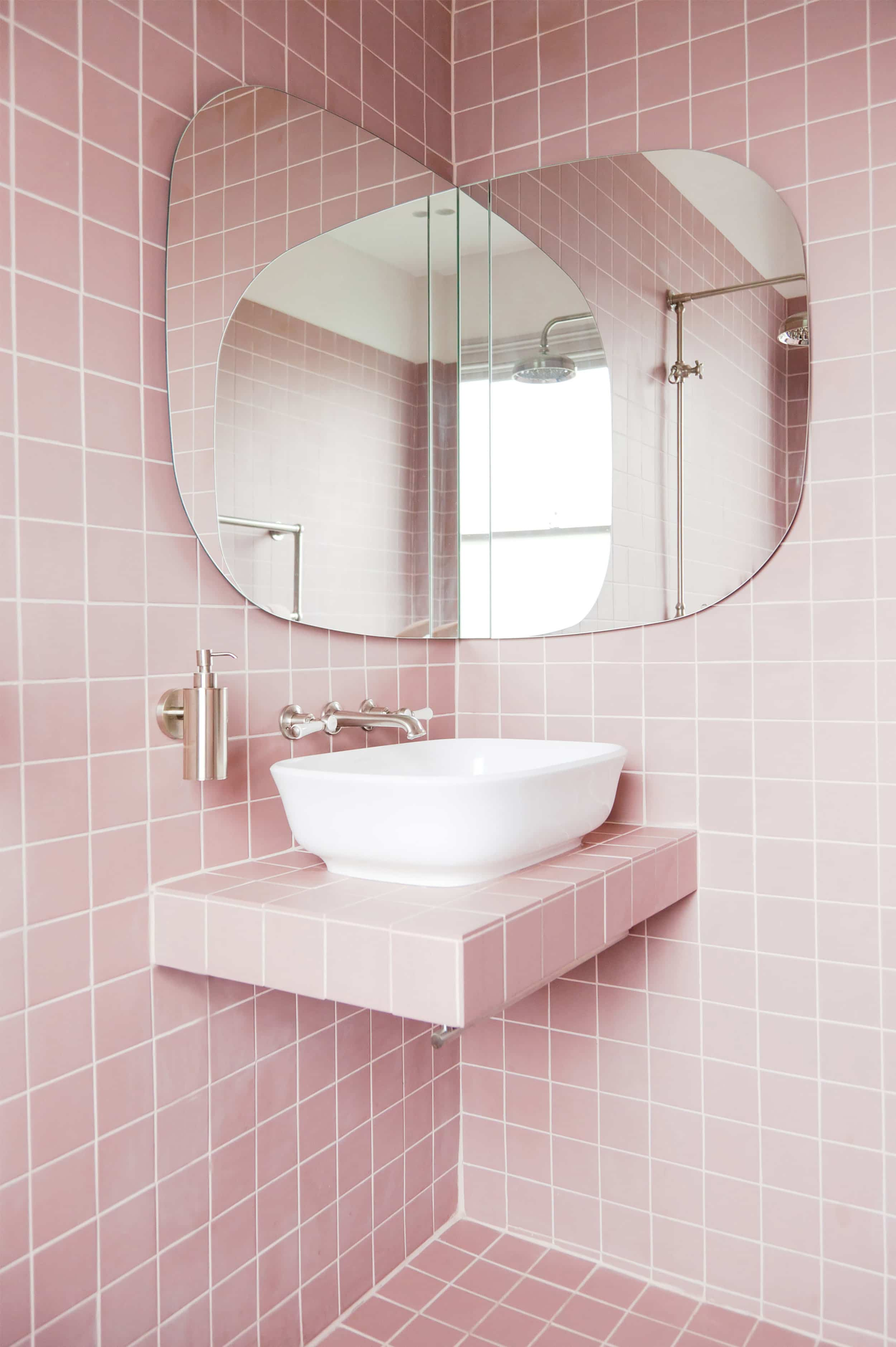 Emily Henderson 2020 bathroom trends4
