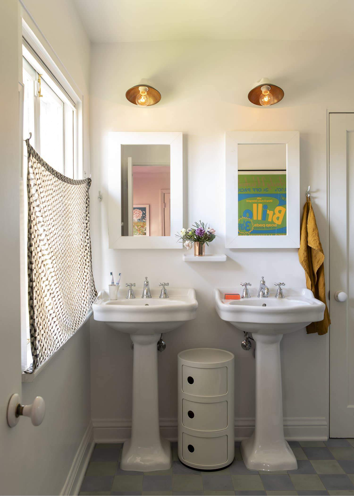 Emily Henderson 2020 bathroom trends25