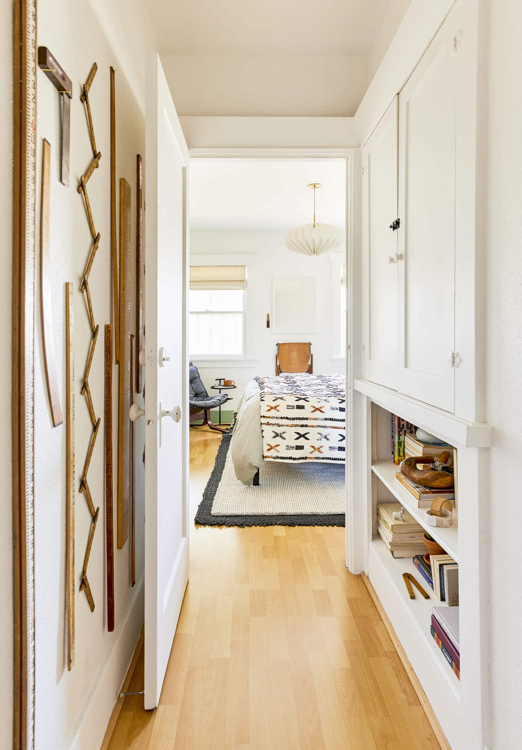Emily Henderson Rental Decorating Tips And Tricks7