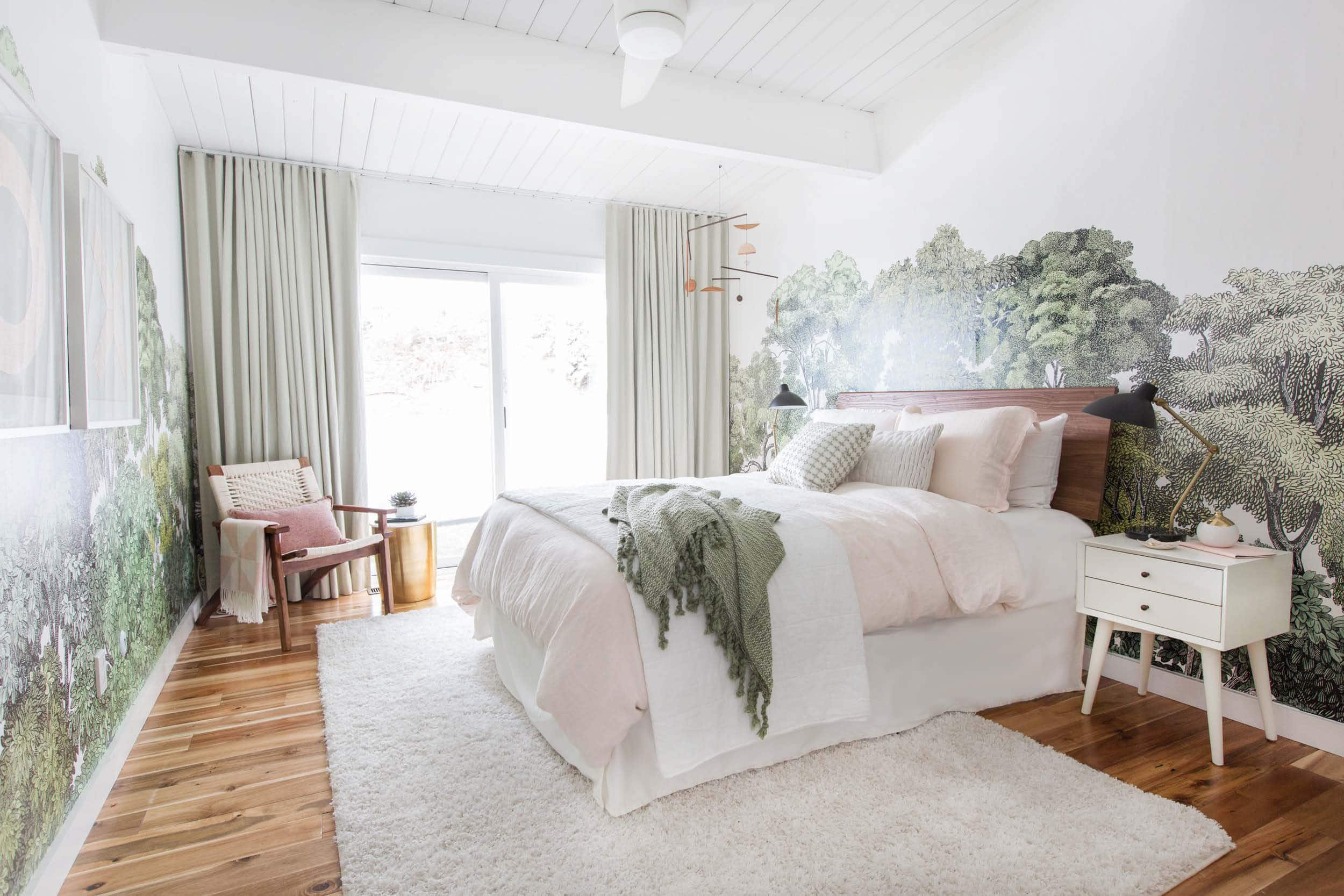 Emily Henderson How To Make A Bed 20