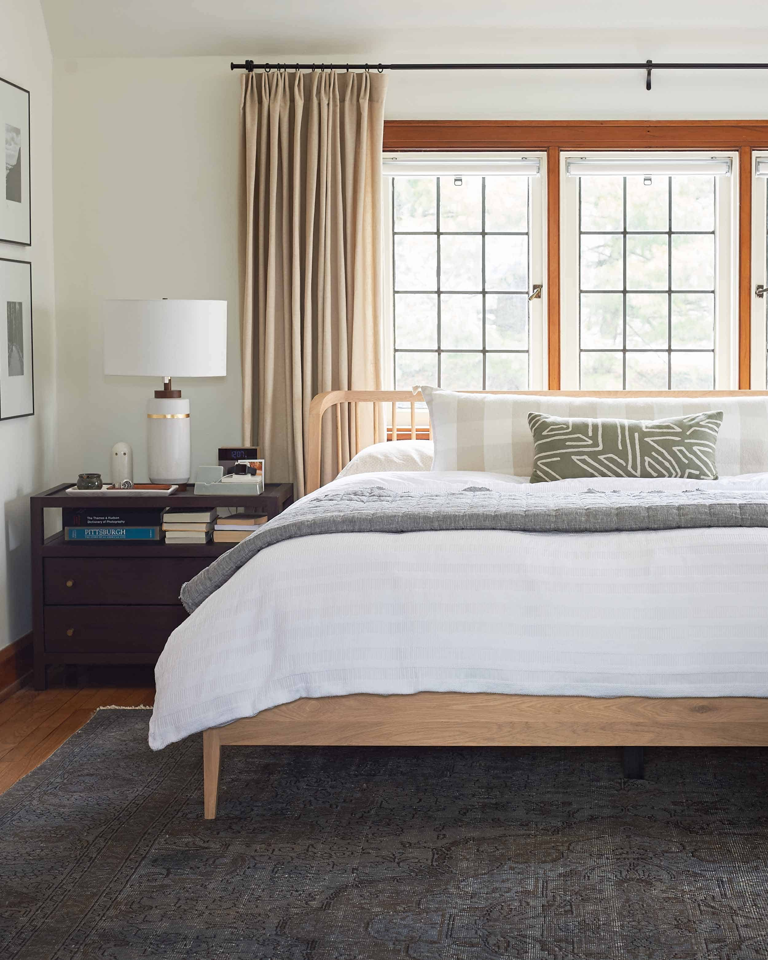 Emily Henderson How To Make A Bed 22