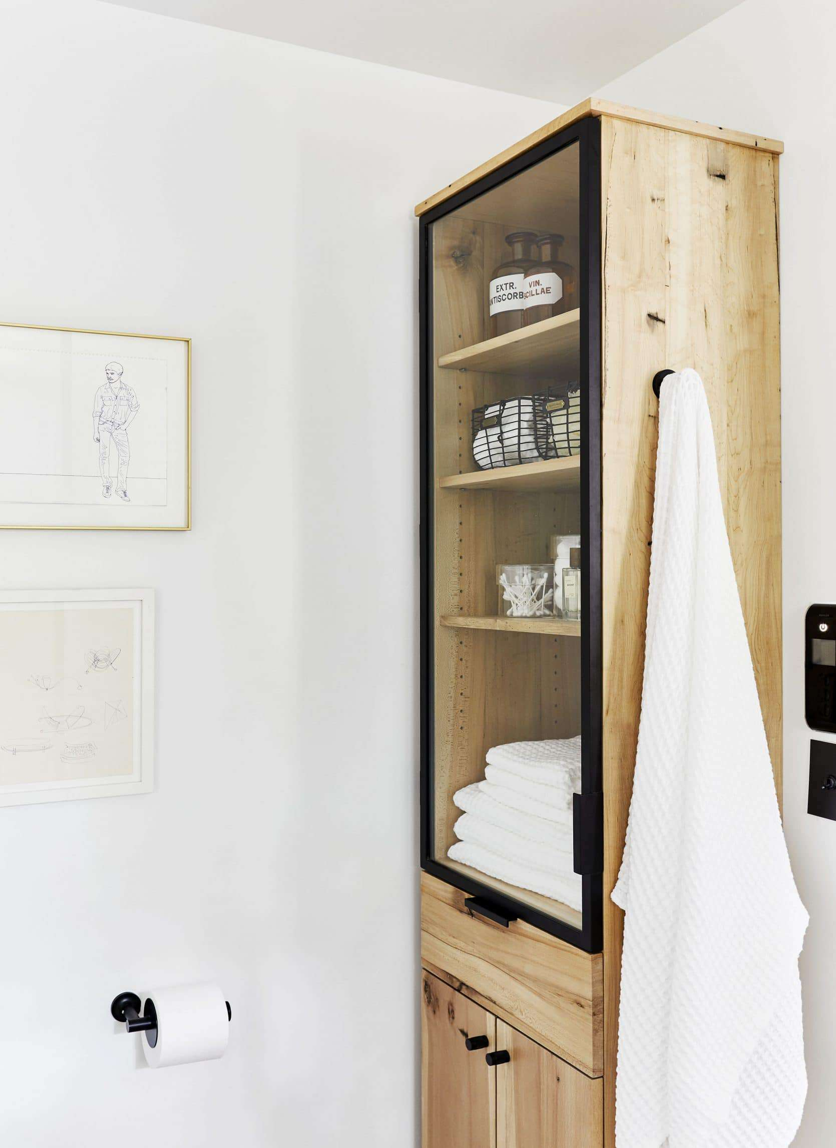 Where To Hang Your Bathroom Towels Our New Favorite Solution Emily Henderson
