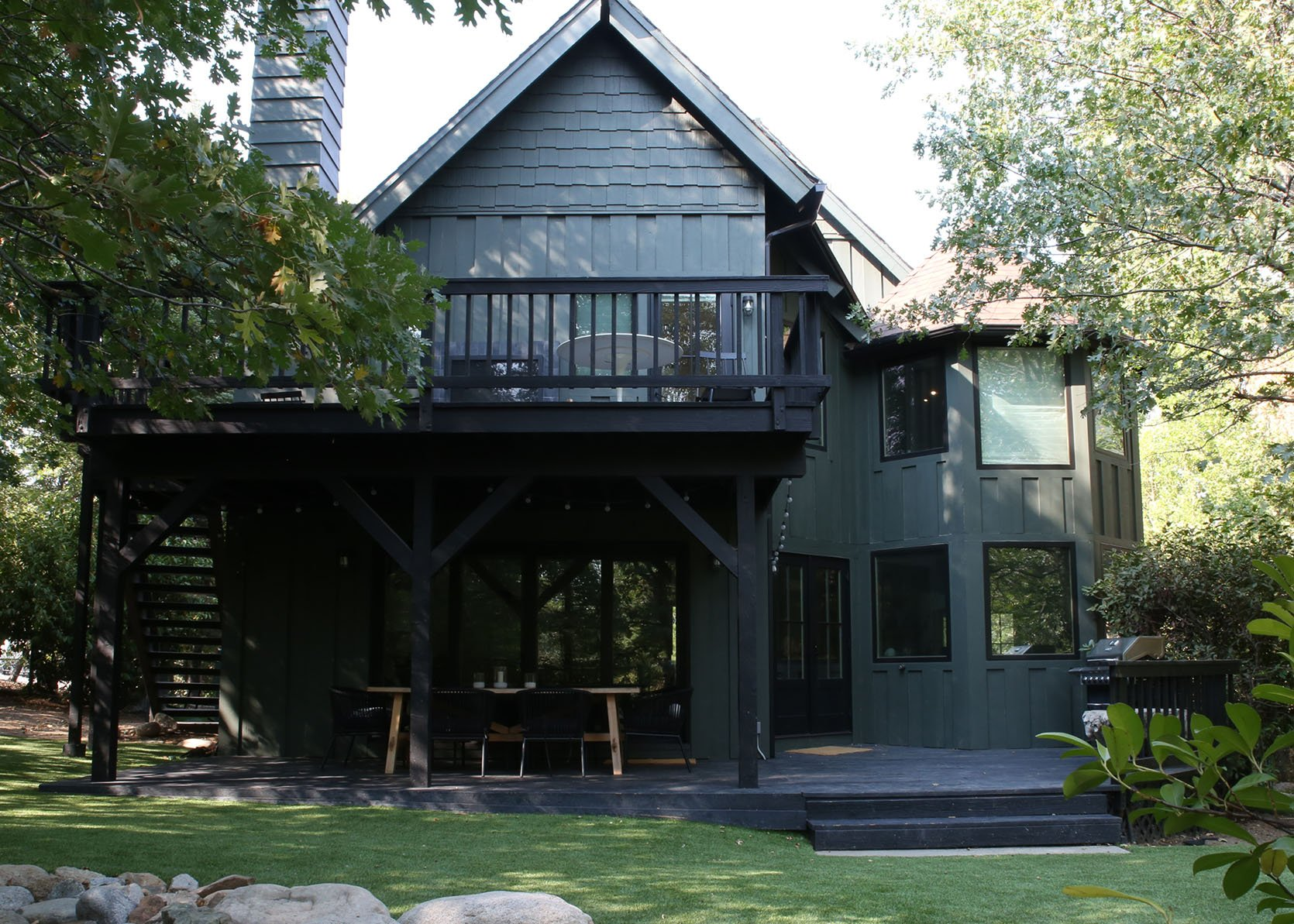 How To Choose An Exterior Paint Color Our Favorite Shades And Combos Emily Henderson