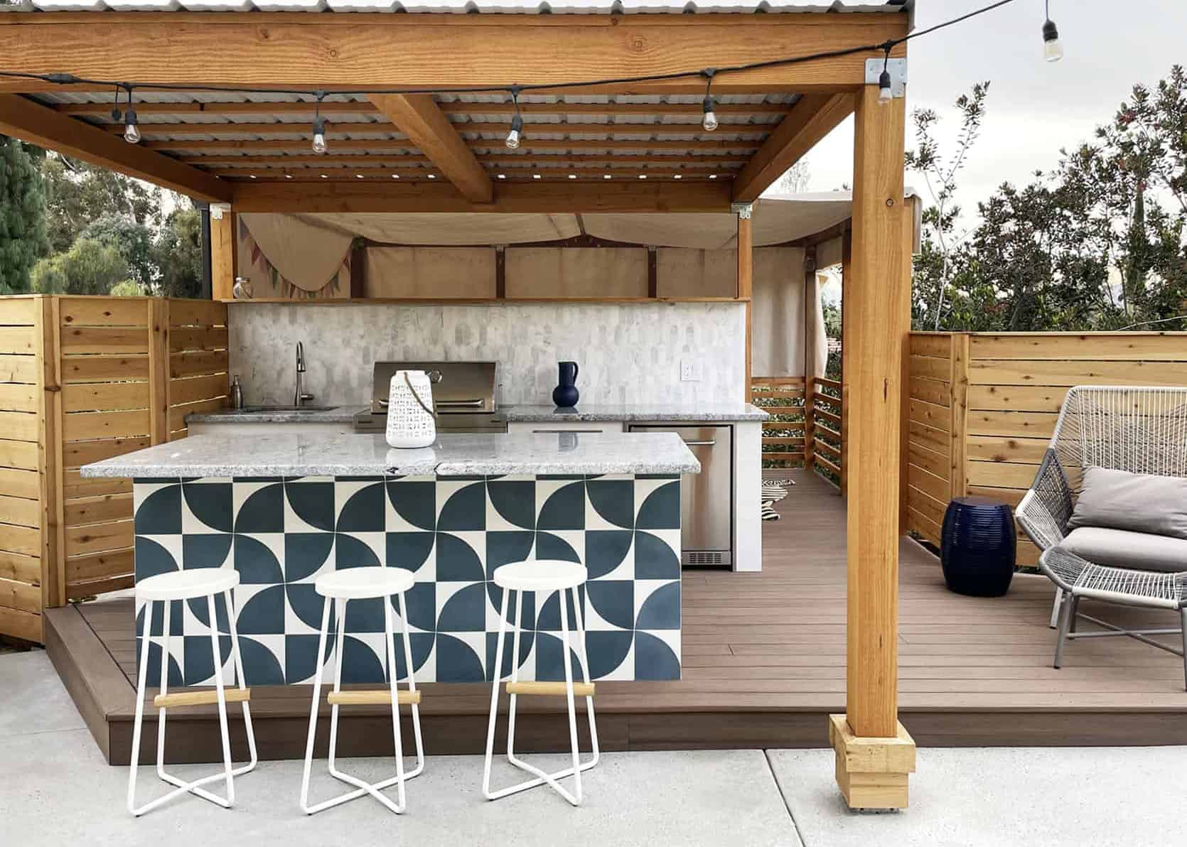 How To Build An Outdoor Kitchen: The 3 Essentials The EHD Team All Agreed On + Bonus Items If You Want To Up Your Outdoor Cooking Game