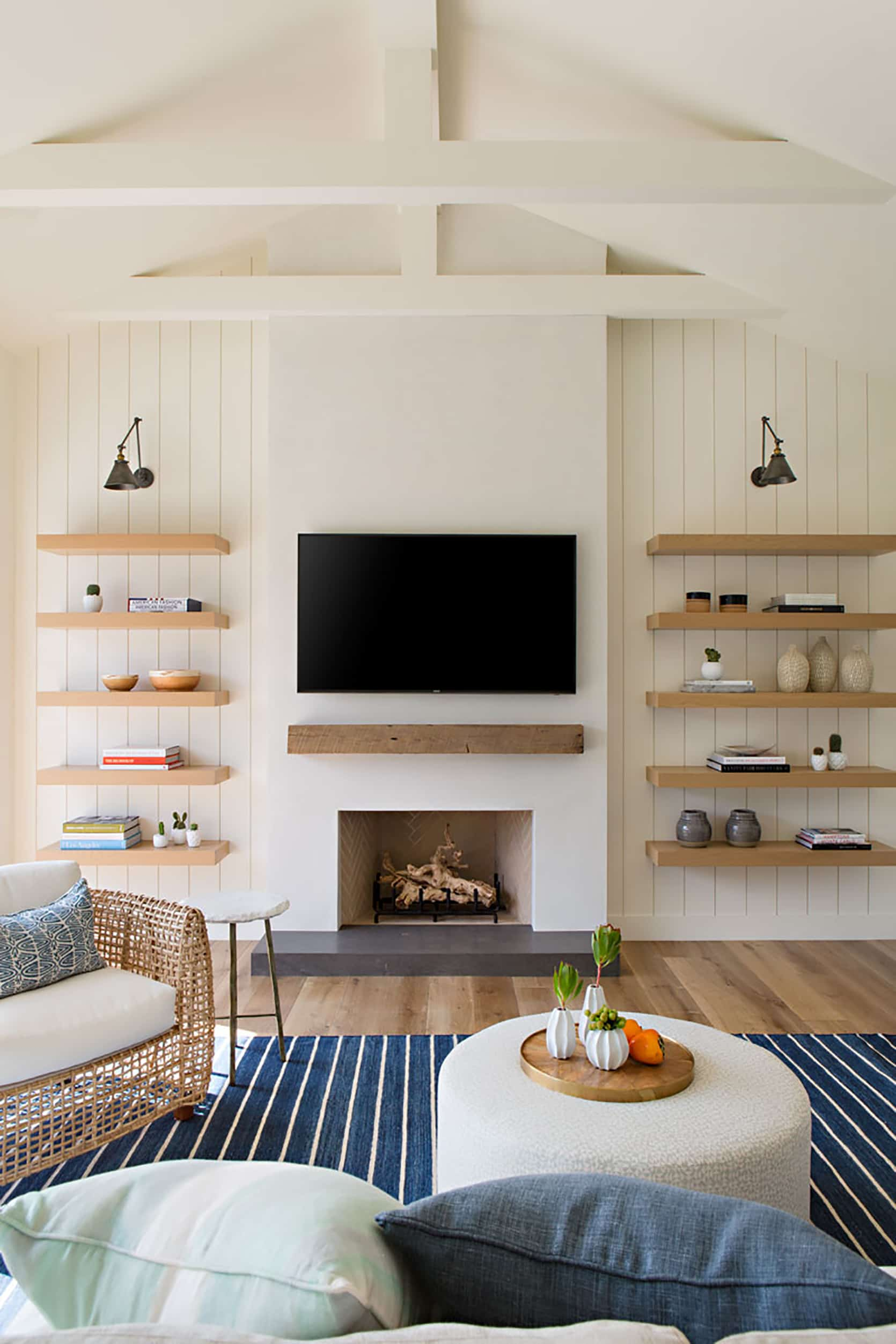 Where To Put Your TV And Fireplace 20 Winning Formulas That ...