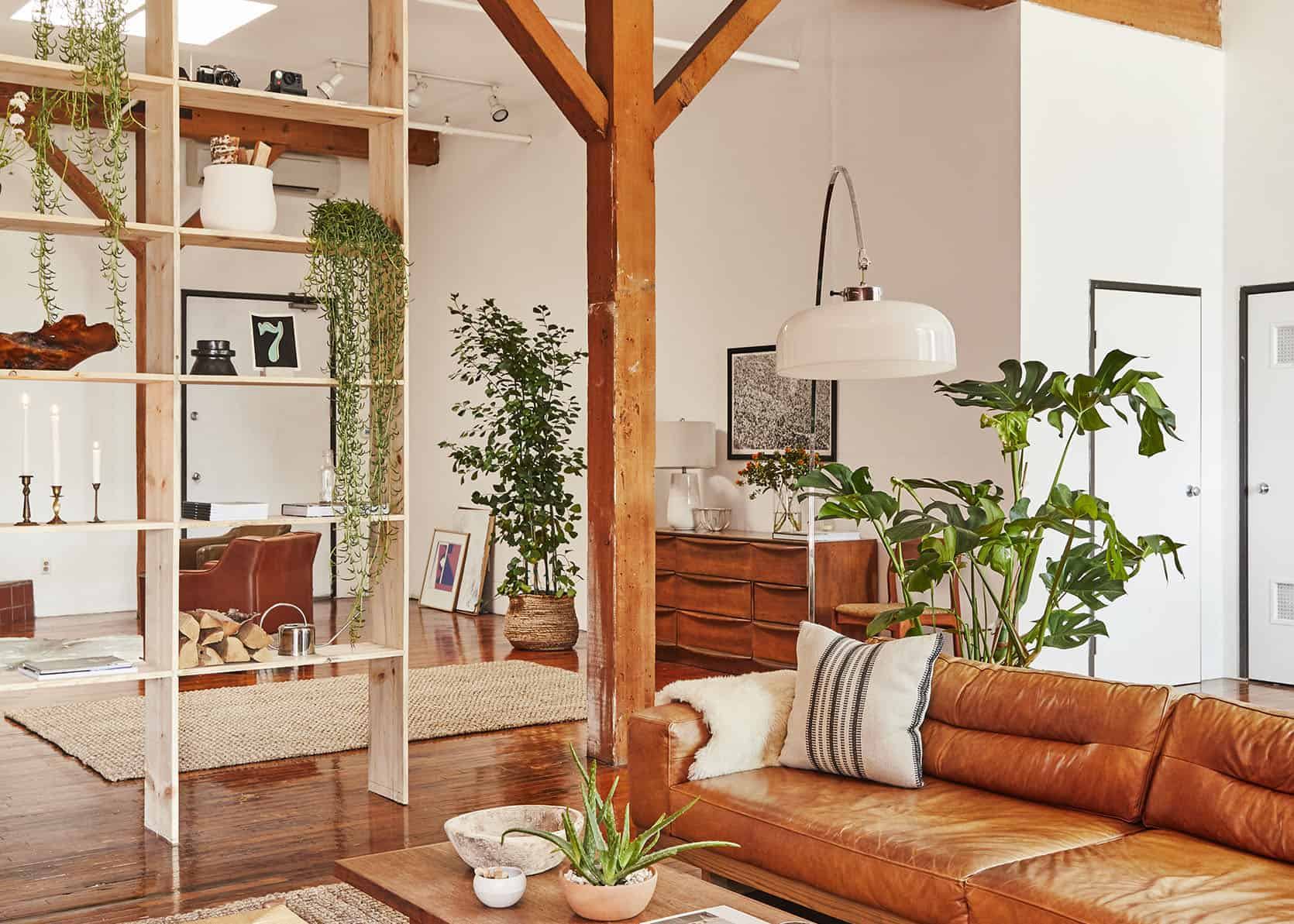 After Working For Leanne Ford, Anita Yokota, AND Living In A Van For 6 Months, You GOTTA See What Bronte Athearn Did To Her DTLA Loft