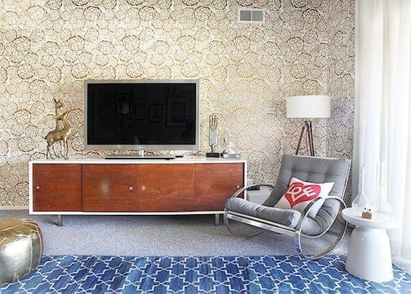 mid-century modern tv stand and milo baughman chair - stylebyemilyhenderson.com