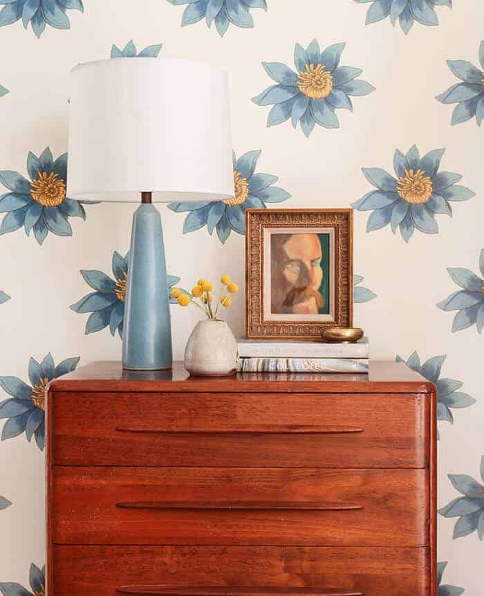 Dresser 4 Ways_Blue and White Flowers_Yellow_Casual_Country