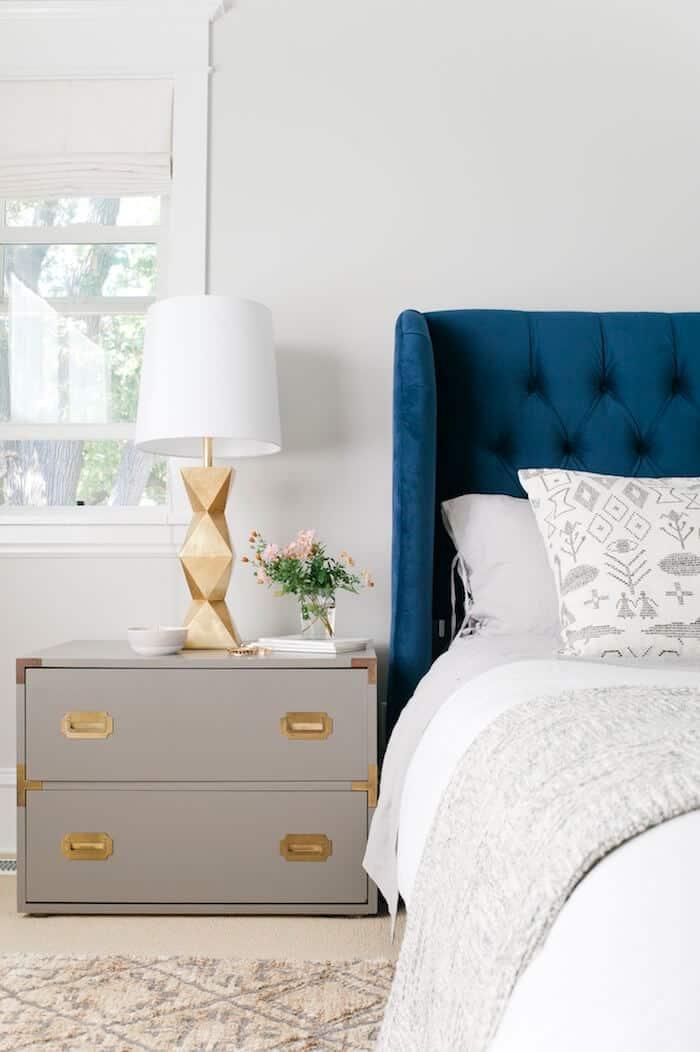 Emily Henderson + Curbly_bedroom06