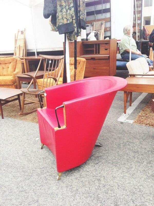 modernist contemporary chair