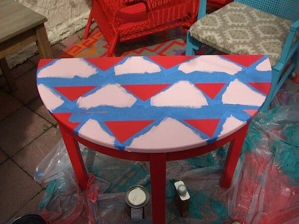 pattern painted table