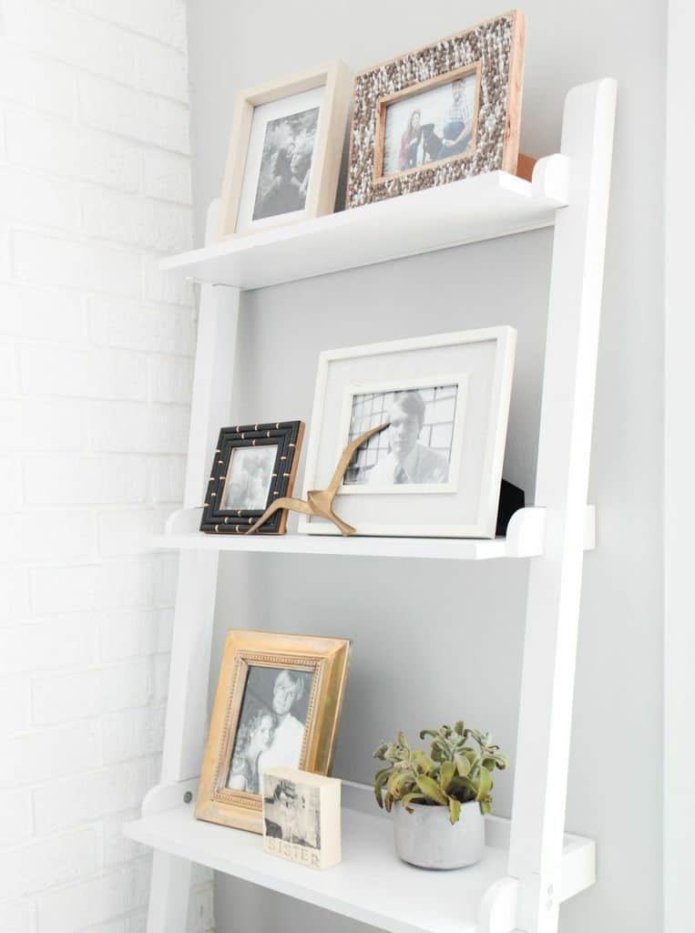 WHITE LEANING SHELF