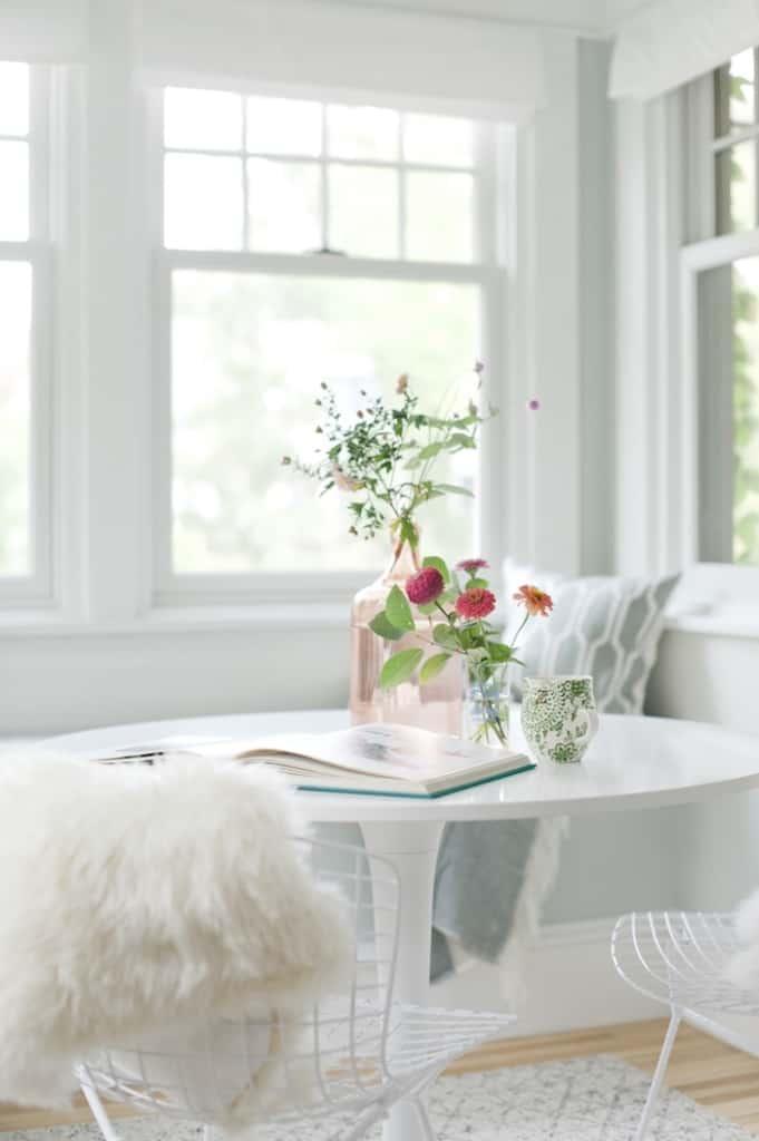 bright-window-seat