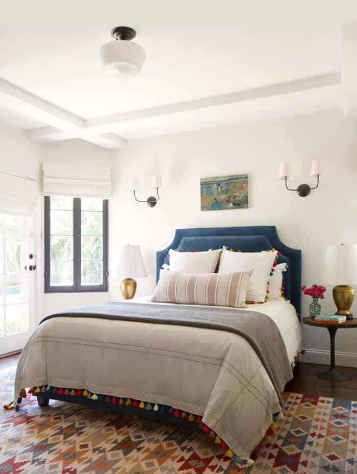 eclectic-guest-room