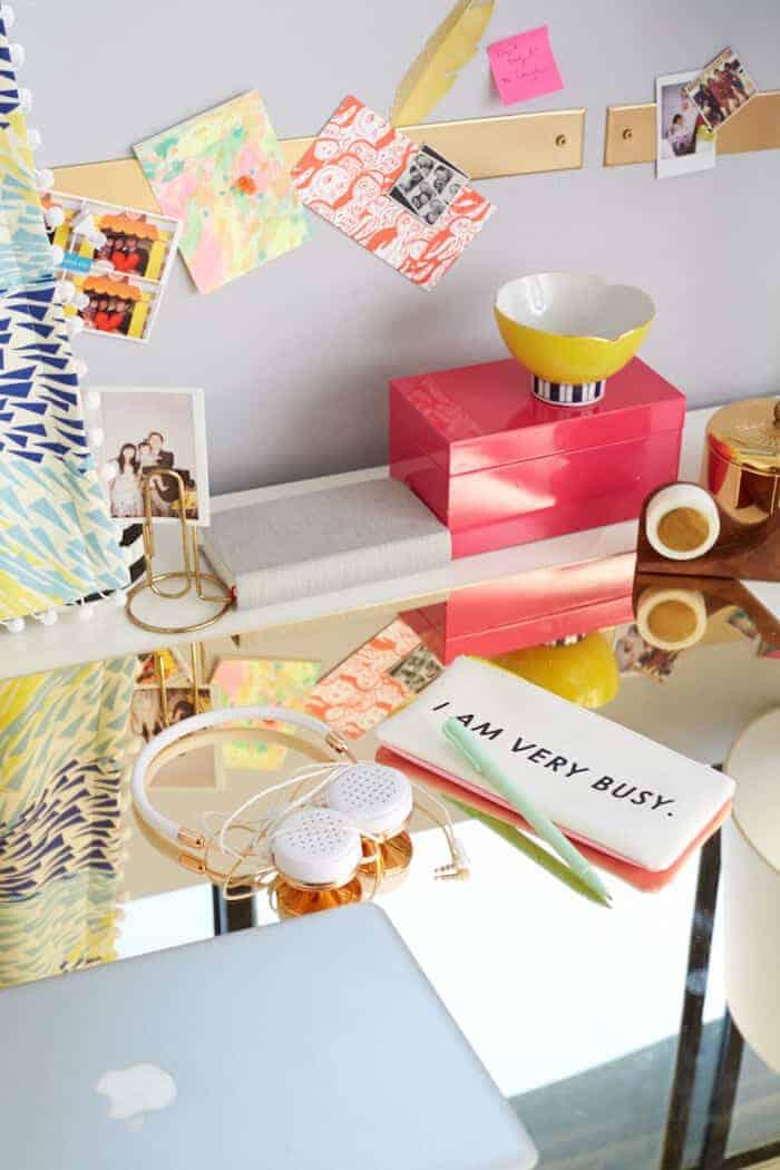 gold-plexi-desk