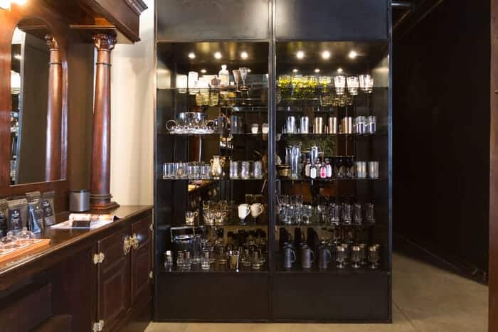 hammer_and_spear_emily_henderson_store_tour_vintage_bar.jpg (1 of 1) (1 of 1)
