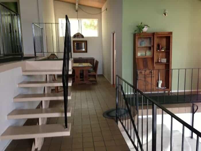 mid-century-stairway